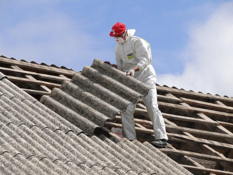 Usuwanie wyrobów zawierających azbest w 2020 r.